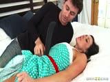 Kendra Lust se tape un pote de son fils