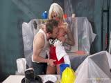 Lolly Ink baise avec son maçon