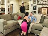 Jayden Jaymes baise un mec devant son mari