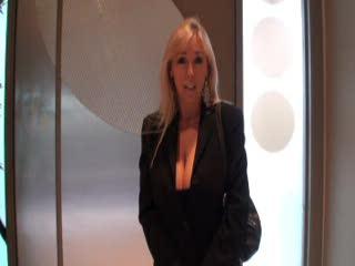 Wifey en femme d'affaires