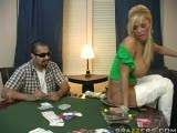 Shyla Stylez joue au poker