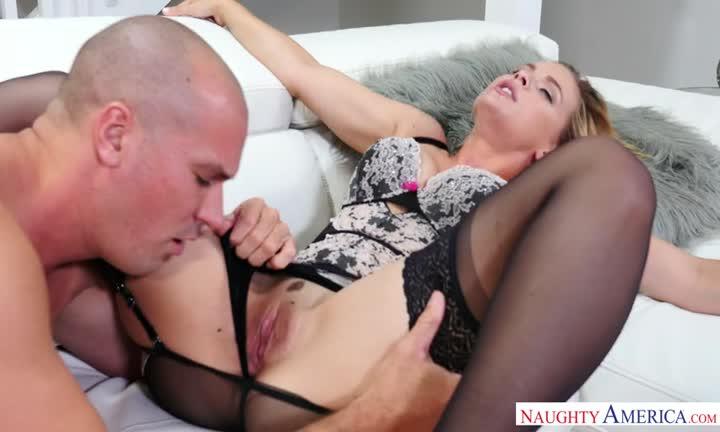 Sloan Harper adore le sexe