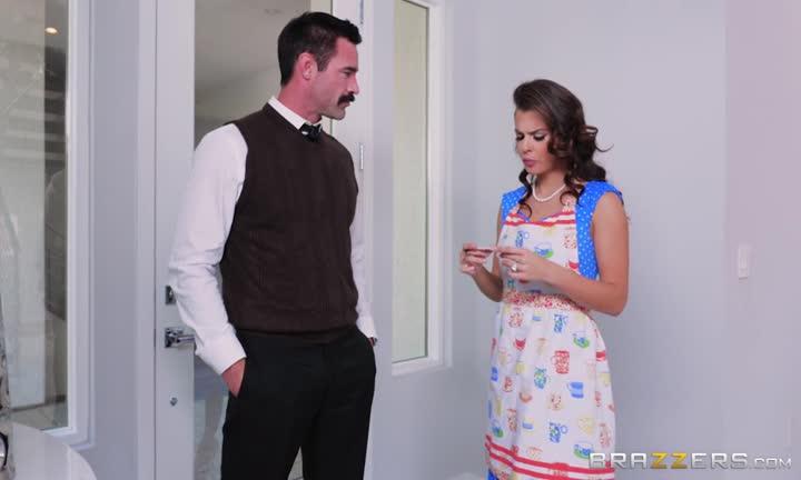 Ce couple s'envoie en l'air dans la cuisine