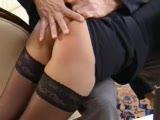 Une secrétaire se fait baiser